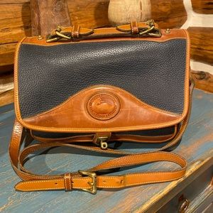 Vintage Dooney & Bourke Navy Tan Saddlebag Purse